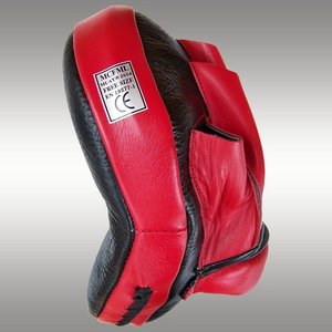 Muay® curved coaching mitt